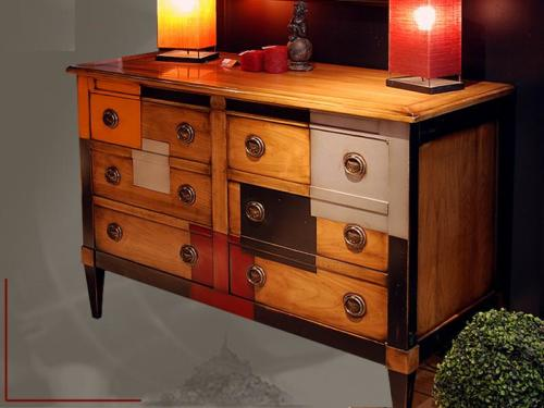 Commode style colonial